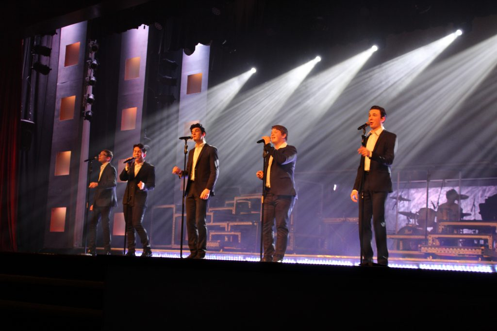 Re_Vibe_Show_Hughes_Brothers_Theatre_Branson_MO