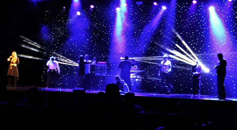 Hamners_Unbelievable_Variety_and_Magic_Show_Branson_MO