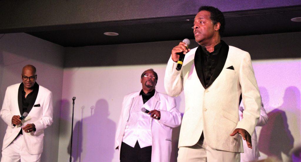 Motown_Downtown_Branson_Hot_Hits_Theatre